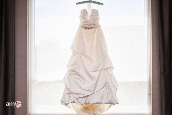 Niewiarygodnie Komis sukien ślubnych – jak oddać suknię do komisu? Jak KA39