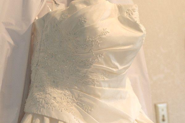 d64ad7bdc7 Nowa czy używana  Jaką suknię ślubną wybrać  Jakie są wady i zalety ...