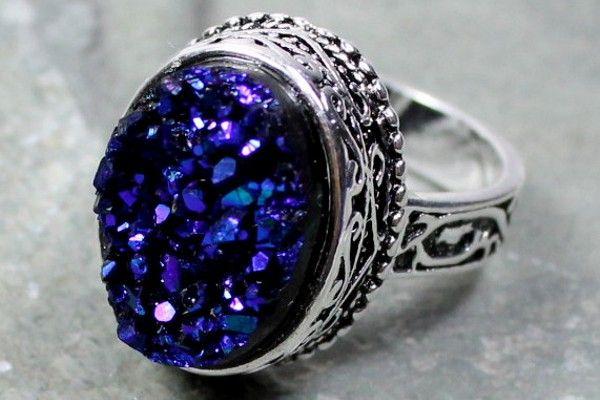 Pierścionek Zaręczynowy Z Niebieskim Oczkiem Niebieskie Kamienie